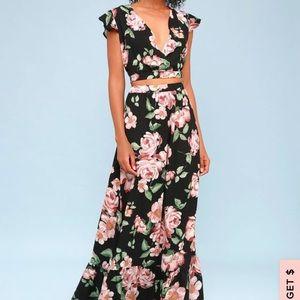 Lulus crop top & matching skirt set